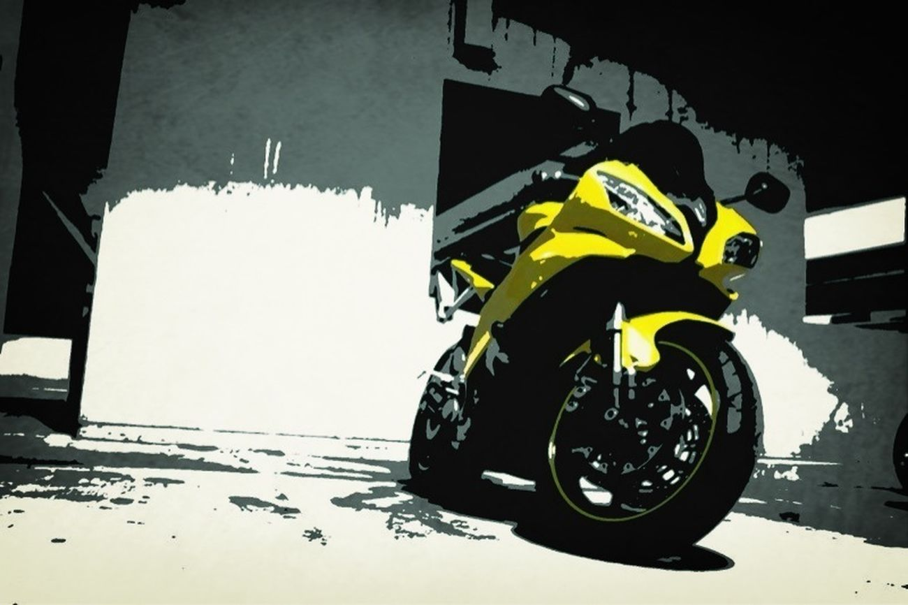 My bike, 2008 Yamaha R6