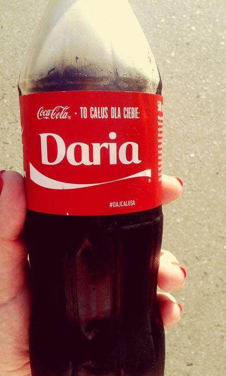Hi! This Kiss For You Daria Coca Cola *-* Love ♥ Kiss ♥ ♥♥♥♥♥..... Bye Bye :-*muahh
