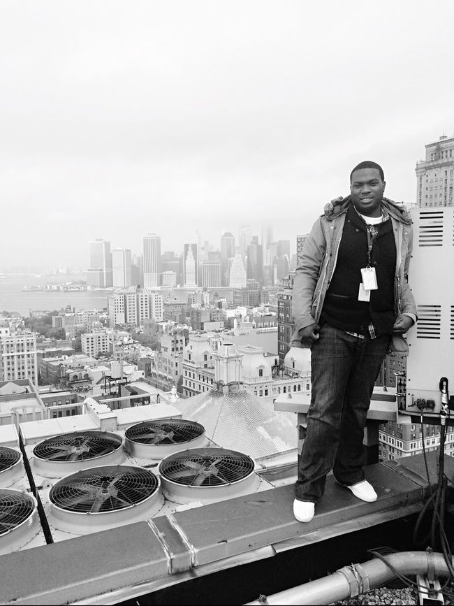 Working with the techs Brooklyn Rooftop Downtown Brooklyn 111 Livingston Street My Life My Adventure Living On The Edge Veiw Of Manhattan Veiw From The Top