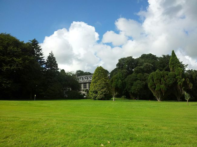 The Manor. Cornwall Caravan Holiday Beautiful Day Architecture Somuchgreen Throwback S2days Nofilter Noedit #phoneography #phonephotography