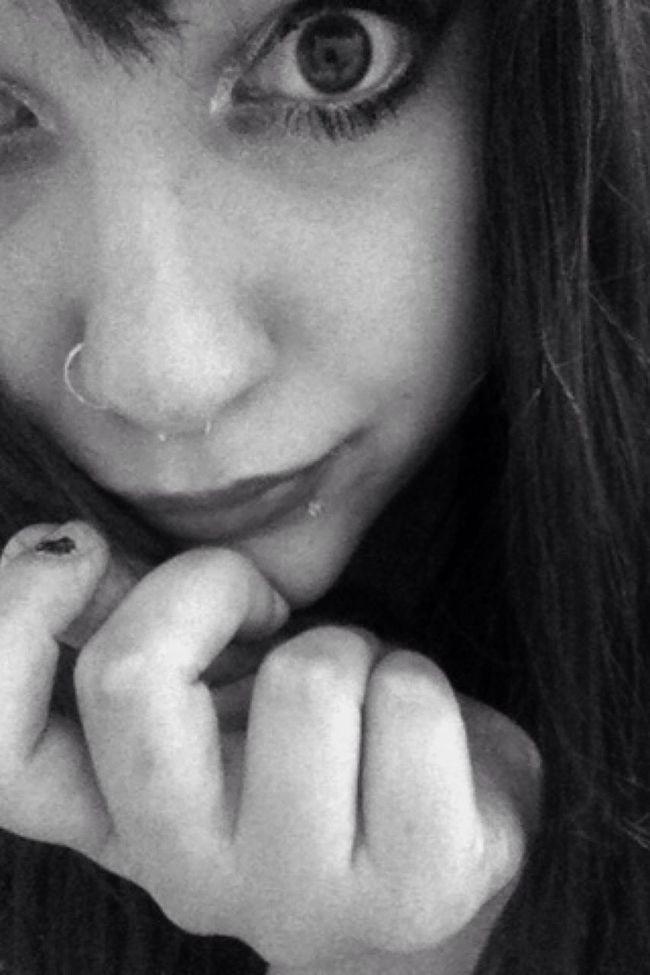 Hello World Black & White Eye Lovee