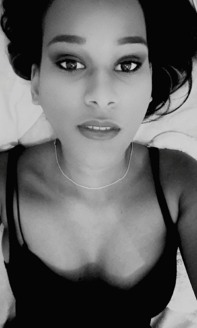 Blackandwhite Paradise Beauty Picoftheday That's Me Blackgirl Makeup Selfie ✌ Snapchat Happy Envoutante Envoûtant Follow_me Follow_me Smokey Eyes