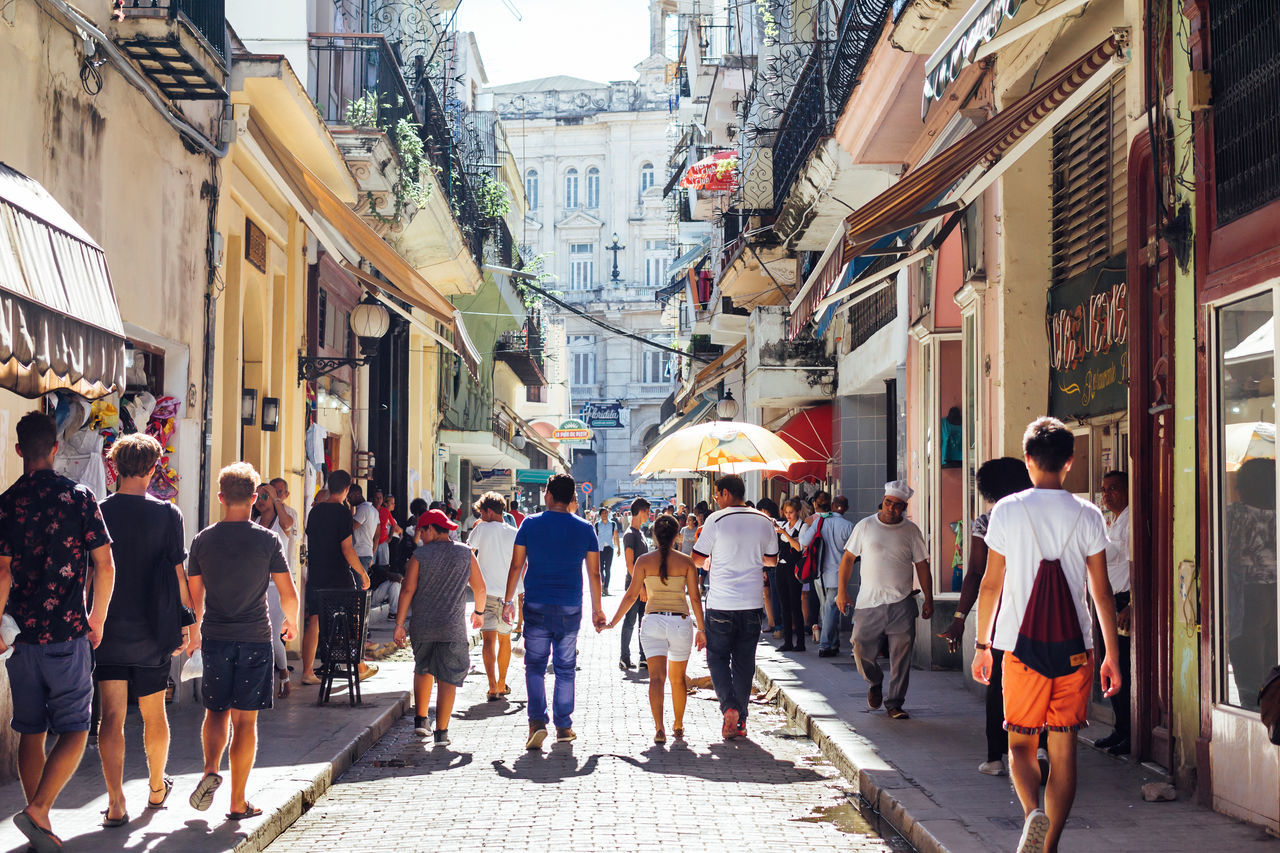 Obispo Street in the Old Havana Architecture Building Exterior City Cuba Collection Cuba Streets Cuban Life Large Group Of People Old Havana Outdoors People Real People Street Streetphotography Tourist Travel