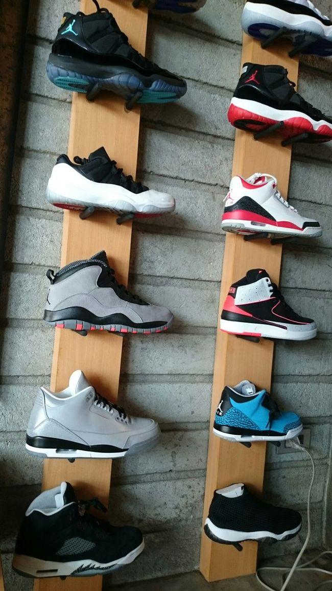 Airjordans Jumpman23 Snkrfrkr #sneakerhead #solecollector #solecheck #solecontrol #solecontrolfam #kicksology #kixnation #walklikeus #lacebag #sneakersociety #sneakerporn