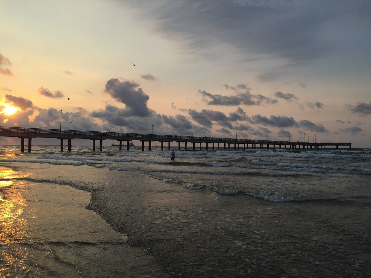 Pier Pier Beach Waves Sunrise Ocean Ocean View Summer Sky And Clouds Texas Nature Texas Sunrise