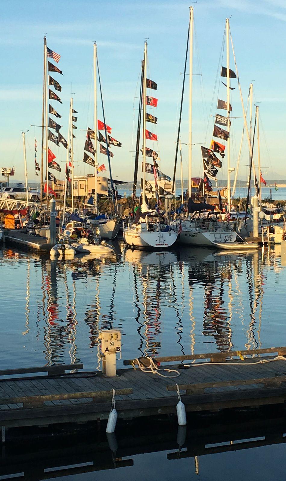 Beautiful stock photos of piraten, reflection, water, mast, nautical vessel