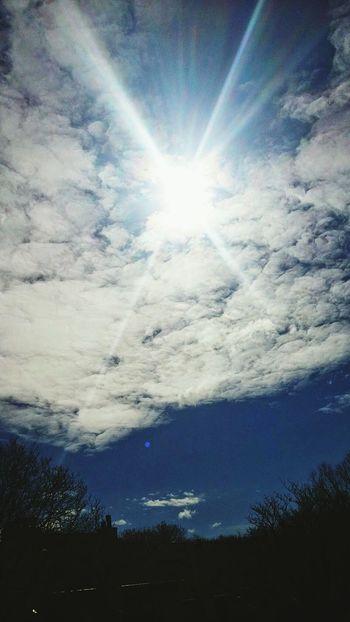Relaxing Sunshine Sunandclouds Taking Photos Eye4photography  EyeEm Best Edits Sky_scapes Skyporn Eyeemsky Eyeemclouds