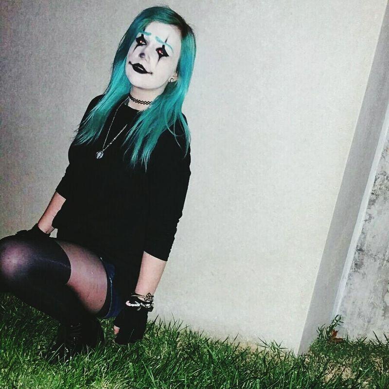 Creepy little clown. Clown Clown Makeup Makeup Makeup Artist Artist Goth Emo Sad Clown