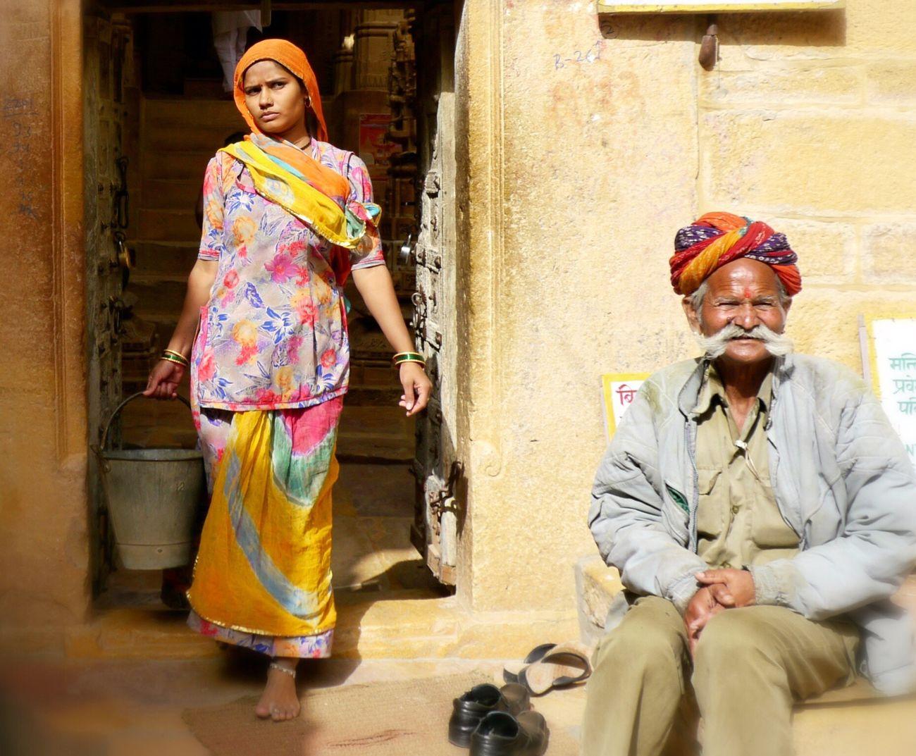 Inde Rajshtan India old Old Man Young Women