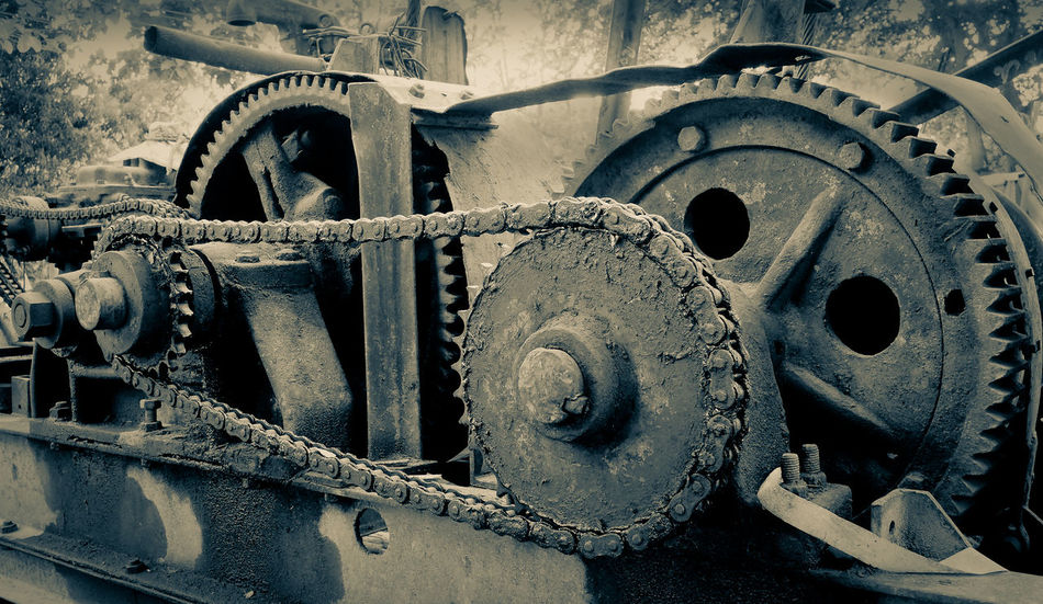 Abandoned Chain Close-up Construction Construction Site Day Equipment Gear Knot Machine Metal Mode Of Transport No People Outdoors Rust Rusty Sring Tire Transportation Vehicle Part