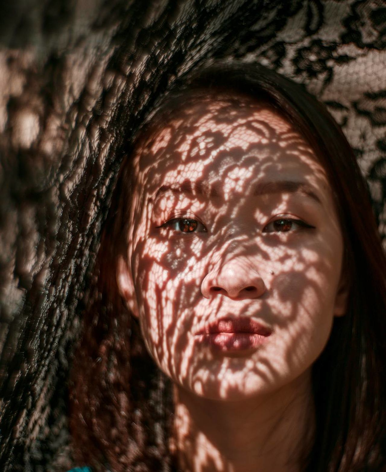 shot with the Petzval 85 Lace Lace - Textile Close-up Human Face Headshot Portrait Outdoors Light Collection Beautiful People Portrait Of A Woman Portrait Photography Light And Shadow Dreamlike The Portraitist - 2017 EyeEm Awards Women Around The World Light Pattern Place Of Heart