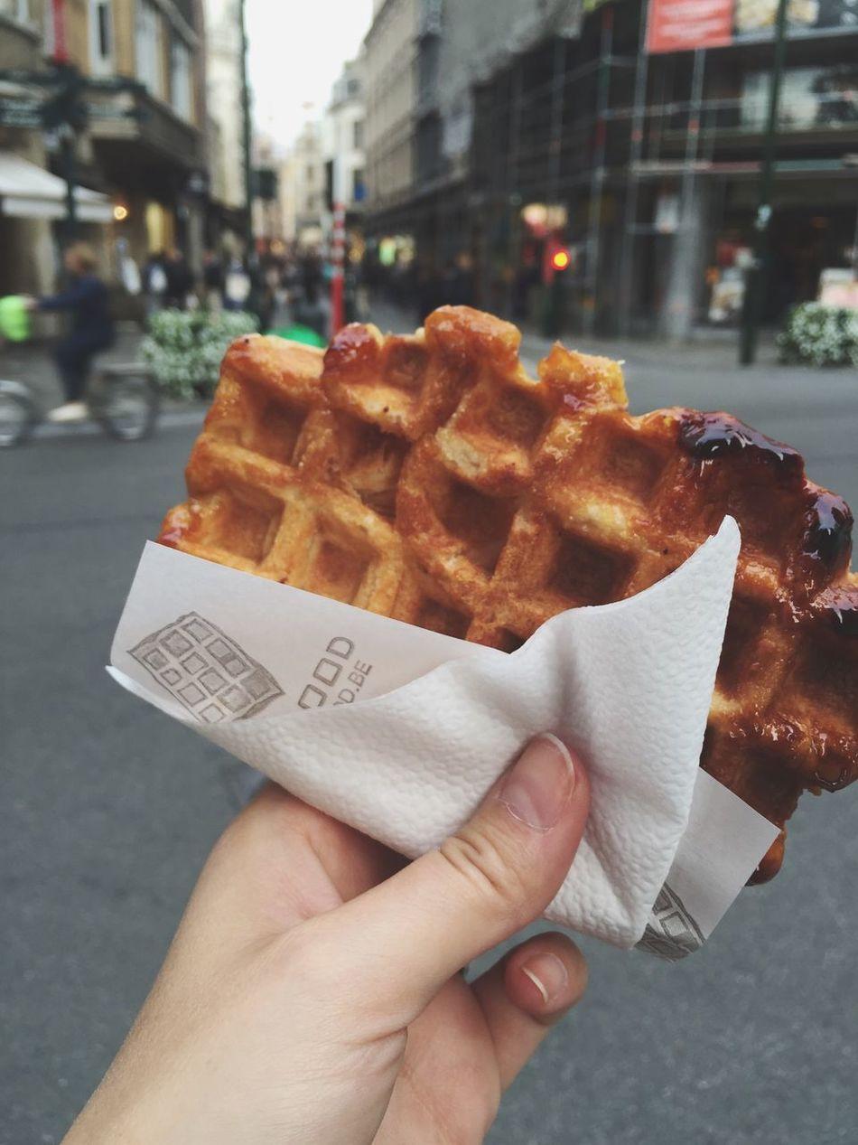 Street food Street City Food Holding Ready-to-eat ShareTheMeal Yummy Waffle Brussels