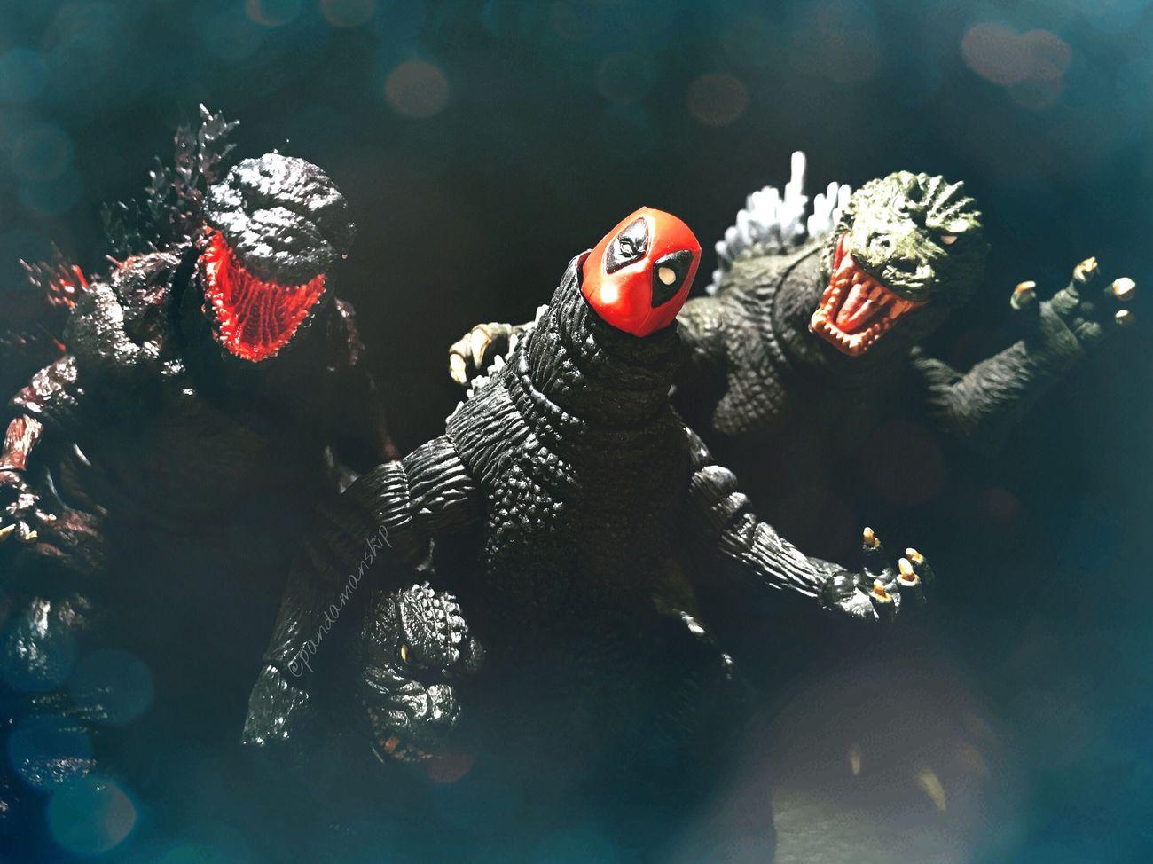 New part time job & New monster friends Figurefie Toyartistry Toyark Monster Gojira Kaiju Godzilla Deadpool