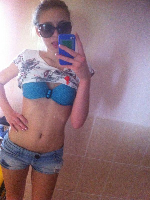 На море))) Swimming