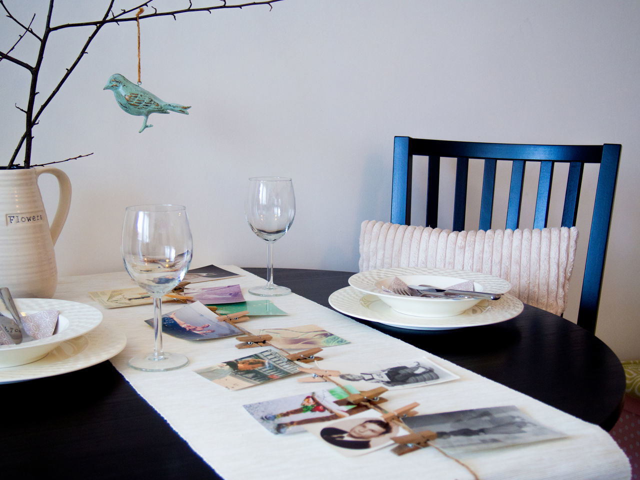 Bird Branches Memories Zinc First Eyeem Photo Ready-to-eat Decoration Table Setting Table Runner Interior Home Indoors  Plate Interior Decorating Interior Detail Memories ❤ No People Dining Table Diningroom Variation Still Life Wineglass Cosyhome Homedecor