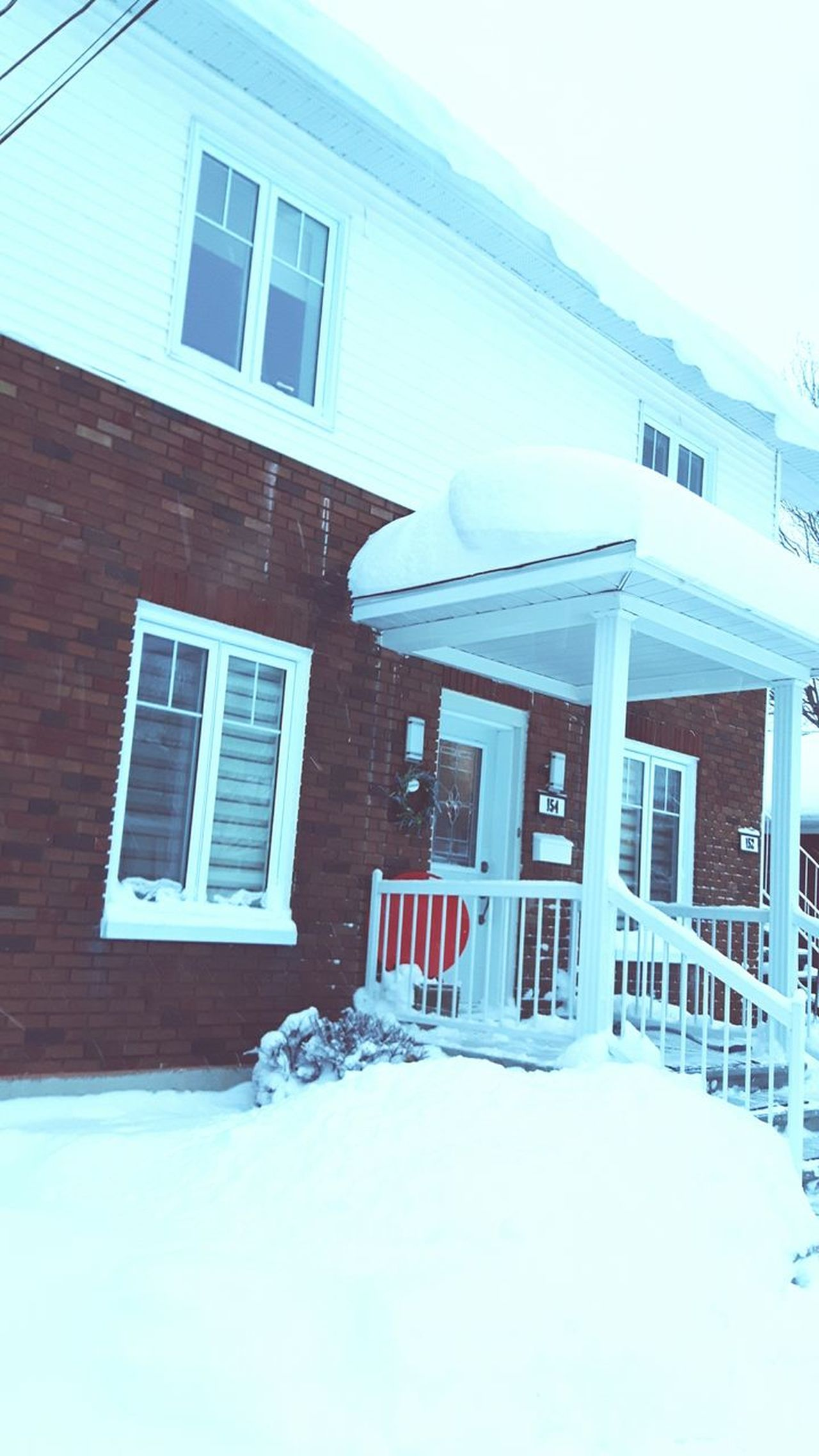 Snow Building Exterior Winter Snowing Cold Temperature Frozen Neige Storm Snowstorm Snow Day Stella Granby Canada Quebec Estrie Cantons De L'est