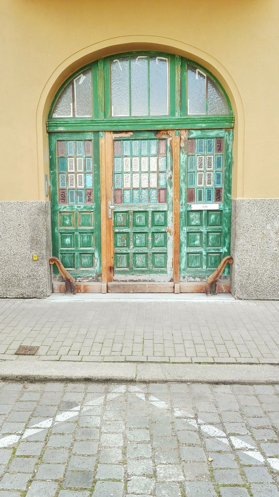 Walking Around EyeEm Best Shots EyeEm Gallery Color Palette Pattern, Texture, Shape And Form Color Door Urban Geometry Old Door Geometric Lines Lines And Shapes Doors Lover Curves And Lines Vintage Style Patchwork Art Artphotography Pivotal Ideas