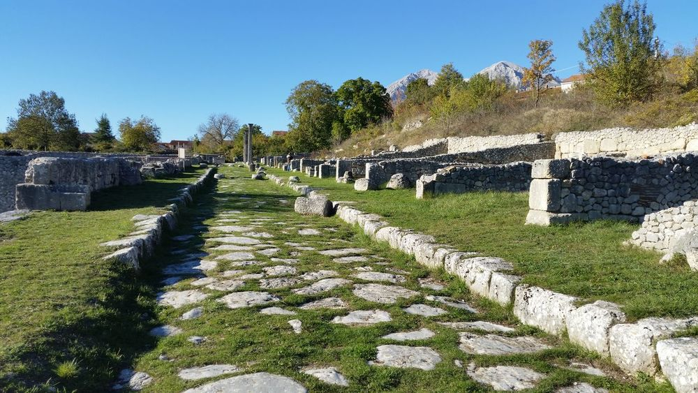 Roman archaeological site Footpath In A Row Marsi Romaní Steps And Staircases Stone Material Stone Wall The Way Forward Walkway Feel The Journey