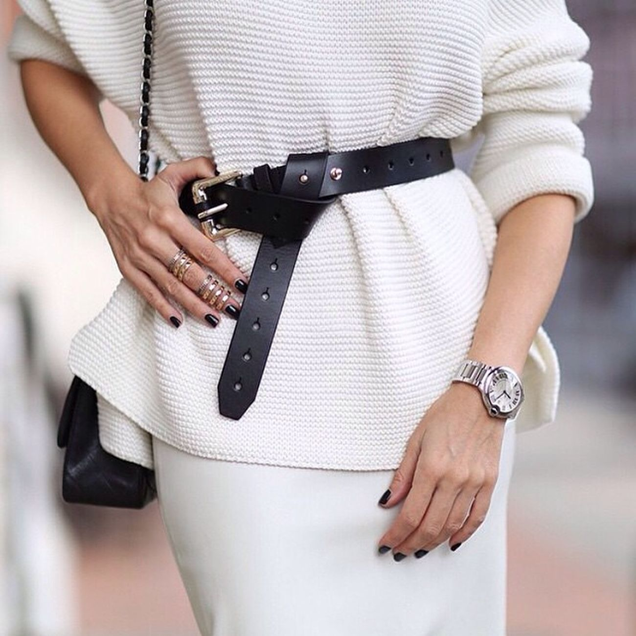 Repost from @senstylable Courtesy of @zara_international Fashion Style Instafashion Instastyle blog blogger instablog instablogger fashionblog fashionblogger igers all_shots tagsforlikes likeit love like instalove instalike white winter winter2015