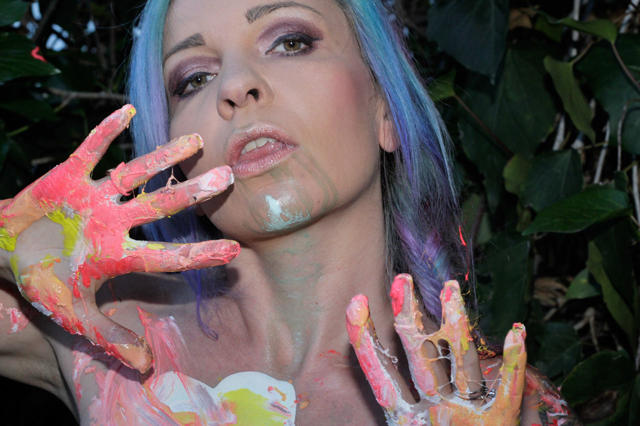 Painted Lady Painted Model Paint Female Model Model Female Tiina Let Your Hair Down Uniqueness