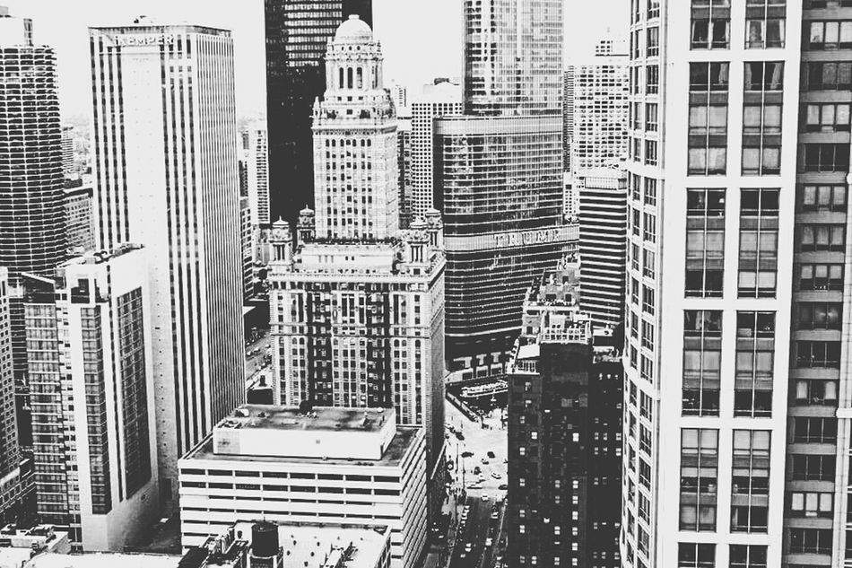 Monochrome Photography Tall - High Skyscraper City Financial District  Urban Skyline Sky Outdoors Building Story Tower Built Structure Architecture City Skyscraper Architecture Building Exterior Tall - High Built Structure Modern Tower Office Building Building Story Chicago First Eyeem Photo
