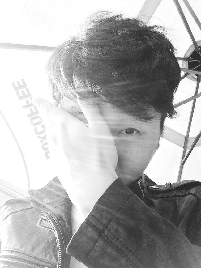 Black & White That's Me