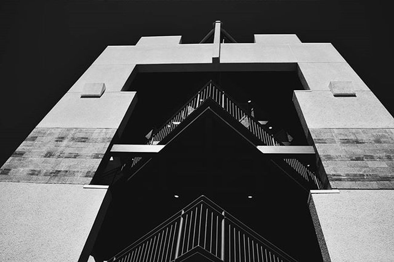 UCLA  Architecture Building Contrast Modern Bnw_life Bnw_planet Bnw Bnw_society Bnw_planet Bnw_rose Bnw_city Bnw_LA Bnw_captures Vscophile Vscocam VSCO Vscolove Vscolife Nikon D3300 Travelig  Travel Bnw_architecture