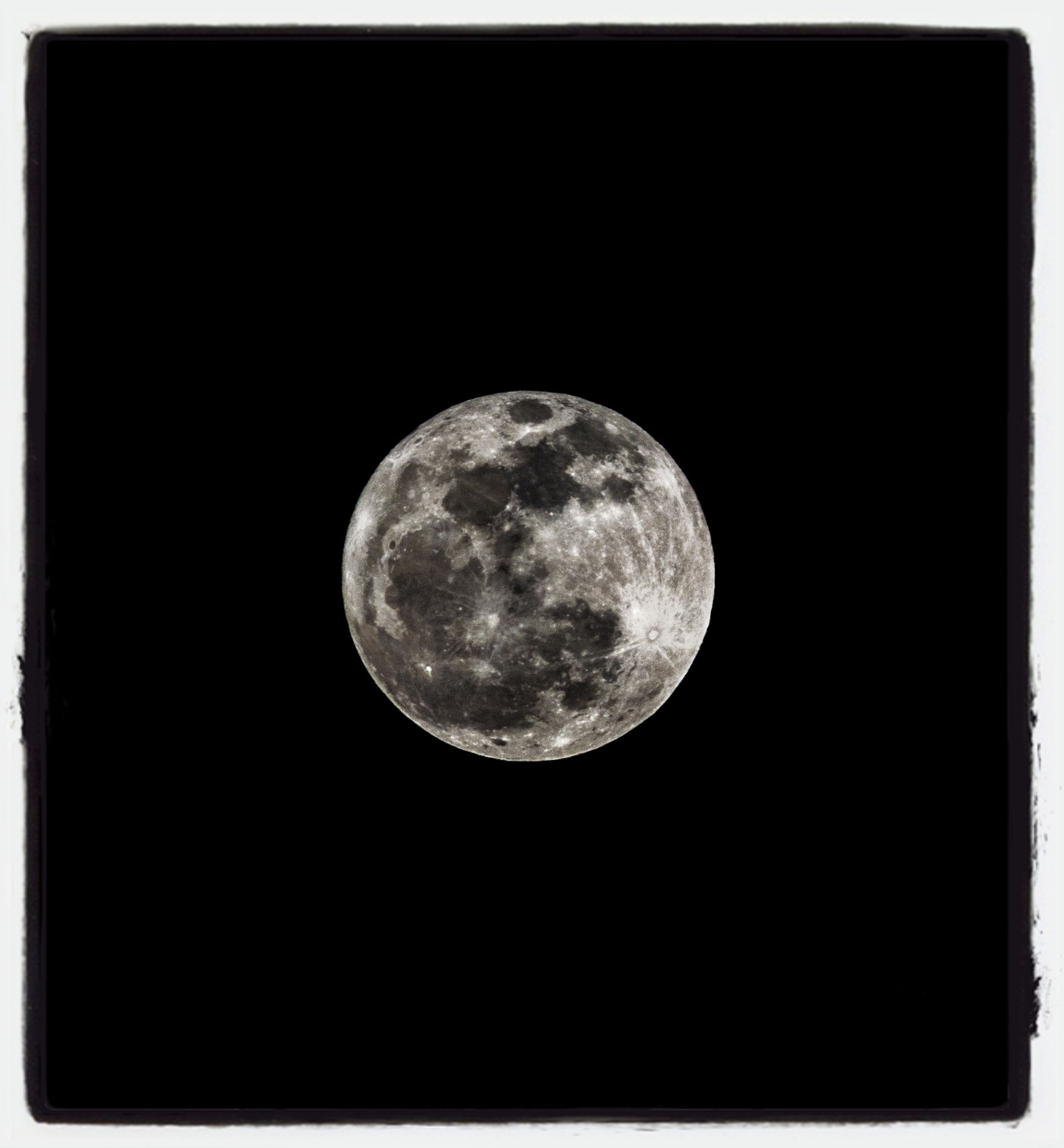 moon, astronomy, night, planetary moon, full moon, moon surface, beauty in nature, transfer print, dark, low angle view, circle, space exploration, discovery, copy space, tranquility, scenics, nature, tranquil scene, sphere, clear sky