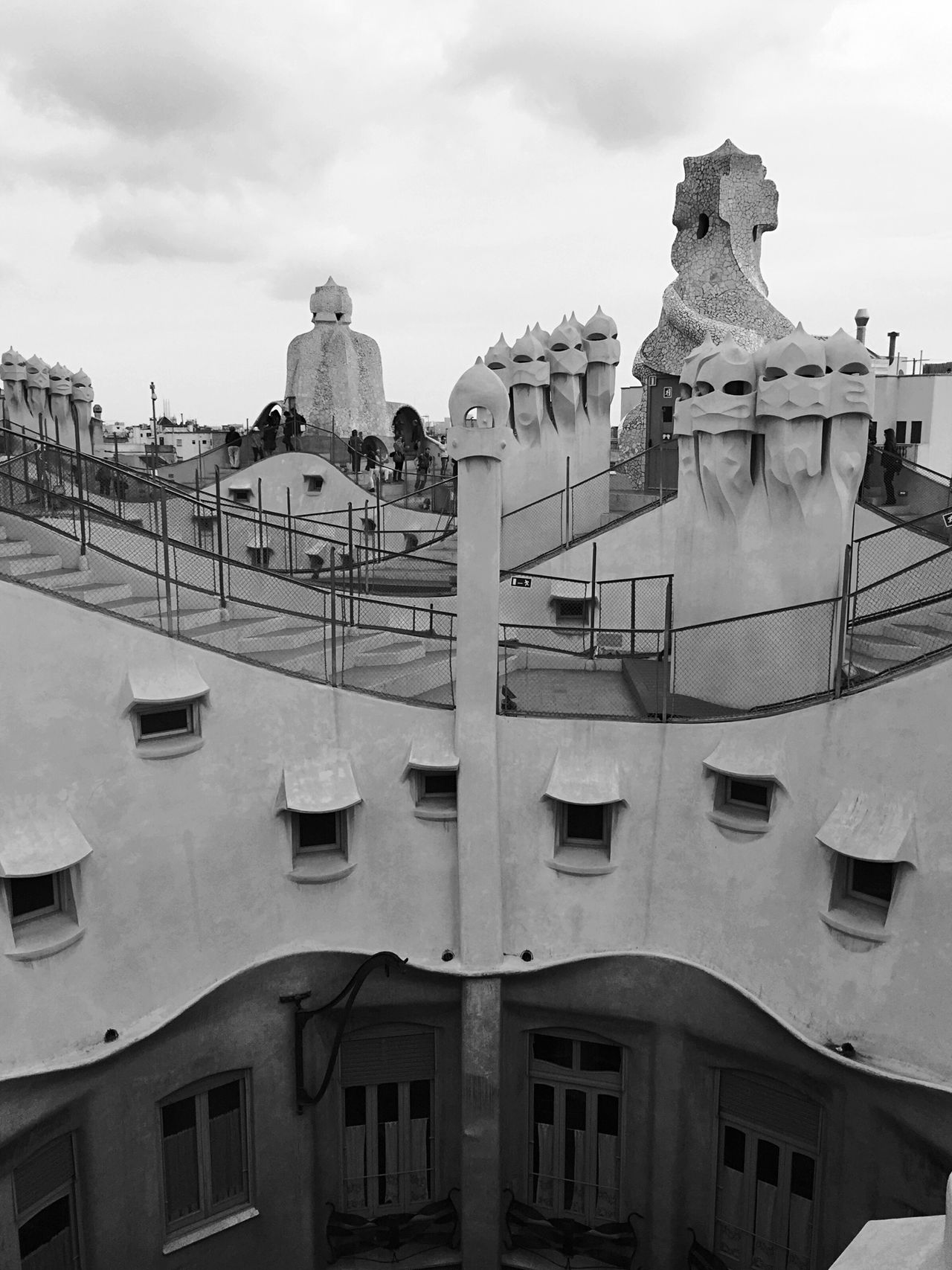 Lapedrera Architecture_collection Architecture_bw Modernisme Gaudi Architecture Bw_collection Streetphoto_bw EyeEm Best Shots - Black + White EE_Daily: Black And White