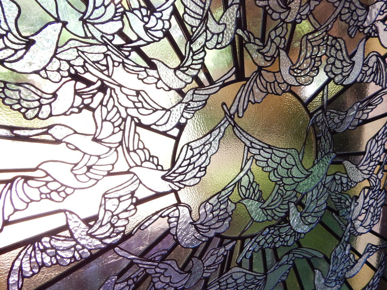 Stained Glass Window Stained Glass PreciousMoments Chapel Missouri Birds Sunshine Architecture Art ArtWork Close-up No People Branch Nature Outdoors Day