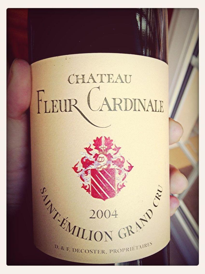 Chateau Fleur Cardinale Saint-émilion Grand Cru 2004!!! Si está picado me lo bebo igual!