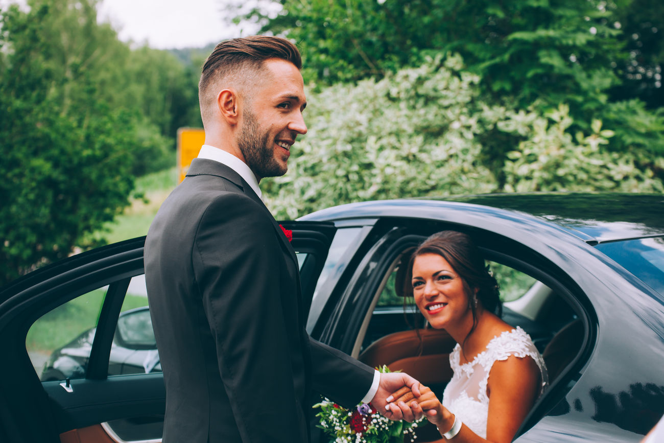 Wedding Ceremony Wedding Adult Bride Bride And Groom Bridegroom Car Cheerful Day Happiness Lifestyles Marriage  Men Outdoors People Real People Smiling Togetherness Transportation Two People Wedding Ceremony Wedding Dress Well-dressed Young Adult Young Men Young Women