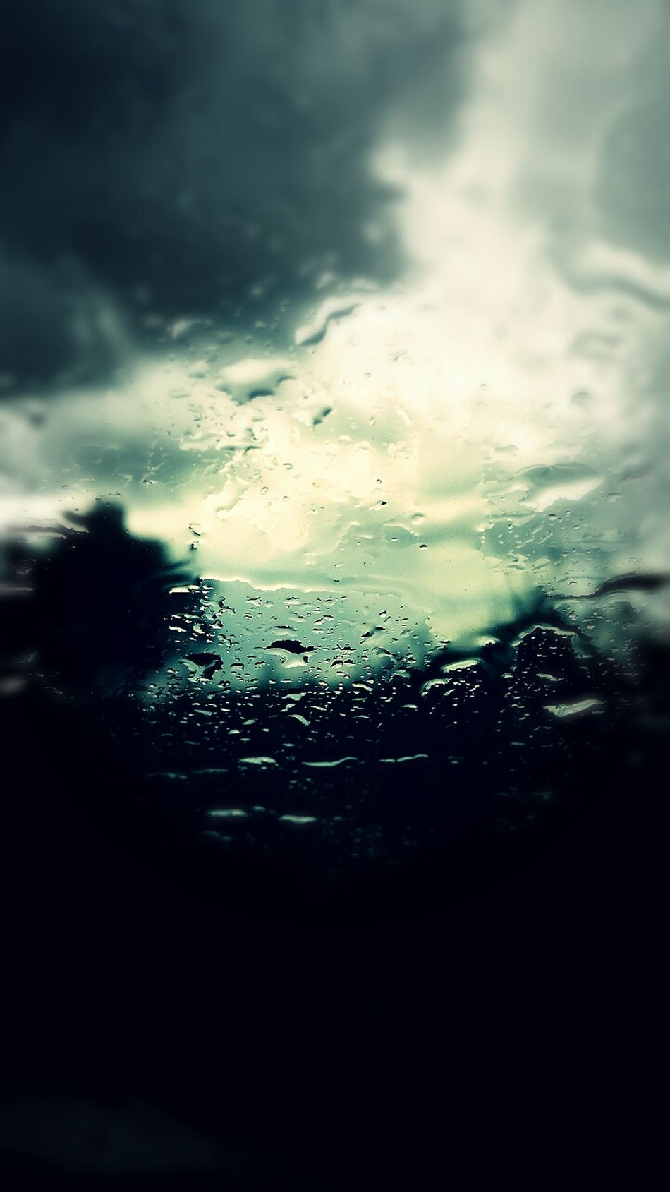 Rainy Days In The Car Playing Tourist Fotheringhay