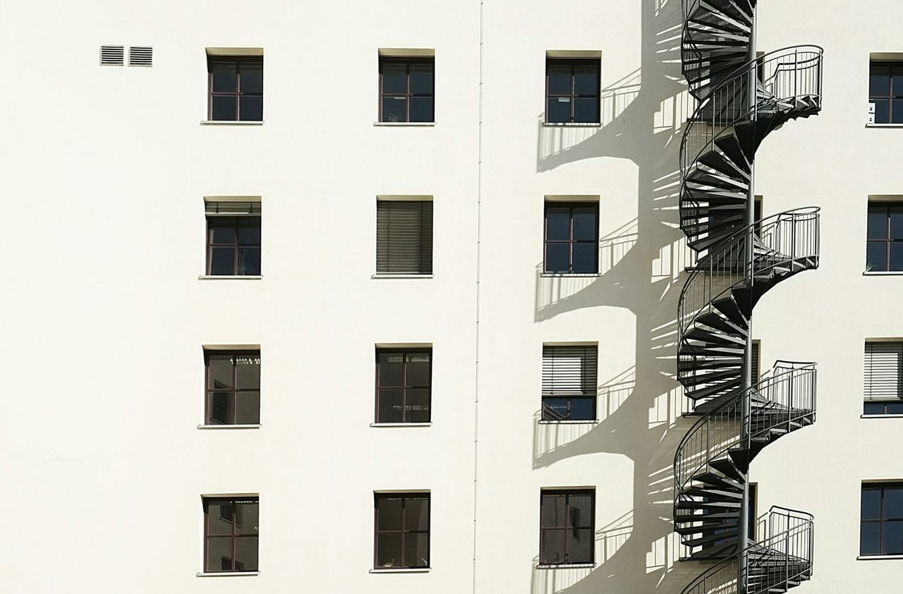 Spiralshadowfacade Taking Photos Architecture Architecturelovers Minimalism Simplicity Urbanphotography Urban Geometry Cityexplorer Light And Shadow Geometric Shapes