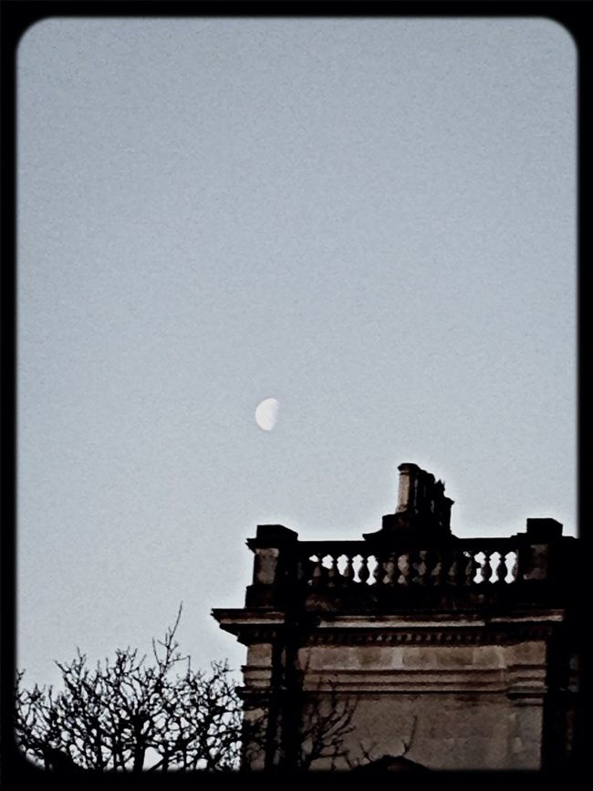 Moon encounter in first Light observed during Streetphotography Walking