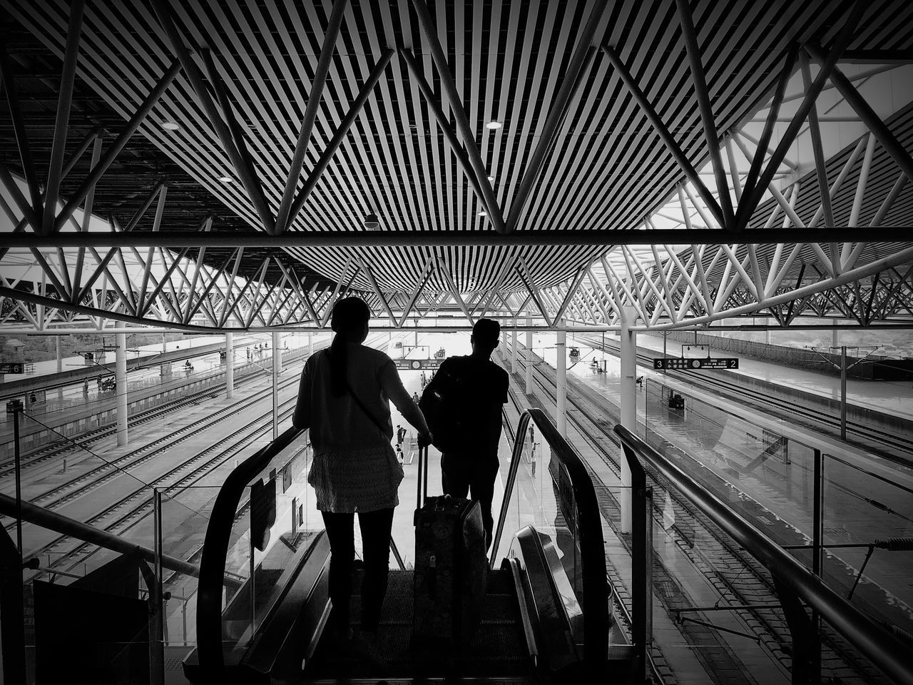 Time to say goodbye Urban Geometry Monochrome IPhoneography Architecture Blackandwhite Black And White Black & White People Silhouette On The Road
