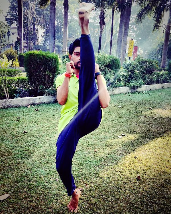 Mixed Martial Arts Yoga Balance Practice Makes Perfect Flexibility Outdoors Full Length Lifestyles People Playing Real People Leisure Activity EyeEm Selects Let's Go. Together.
