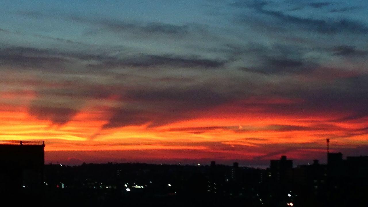 「帰り道の黄昏」朝なのに……また夕焼け空σ(^◇^;)💦 Sunset Sunset_collection Sunset Silhouettes Sunsets Sunset And Clouds  Sunset_captures Sunset Silhouette Sunset View. シルエット部 Silhouette_collection Silhouettes Of A City Silhouette Silhouettes EyeEm EyeEm Best Shots EyeEm Gallery Taking Pictures Hanging Out Taking Photos Japan Photography Japan Scenery Japanese  EyeEmBestPics EyeEm Best Shots - Sunsets + Sunrise Eyeemphotography
