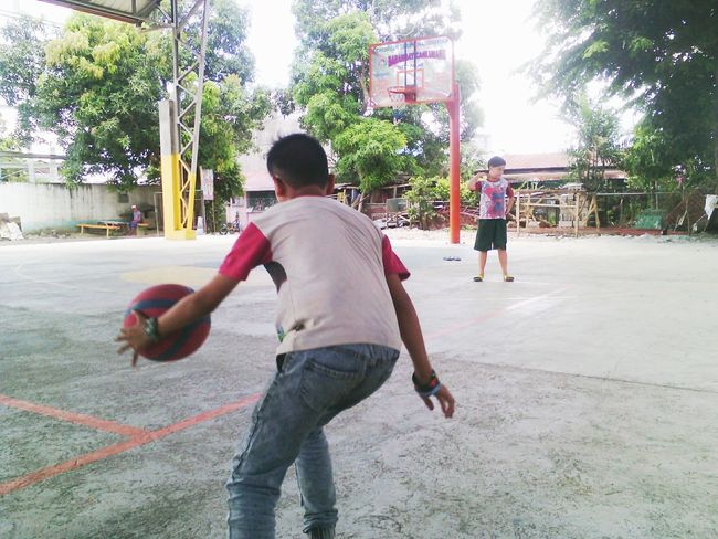 The Photojournalist - 2016 EyeEm Awards Basketball Court Ball Is Life Kids Being Kids Still Young Passion Sports
