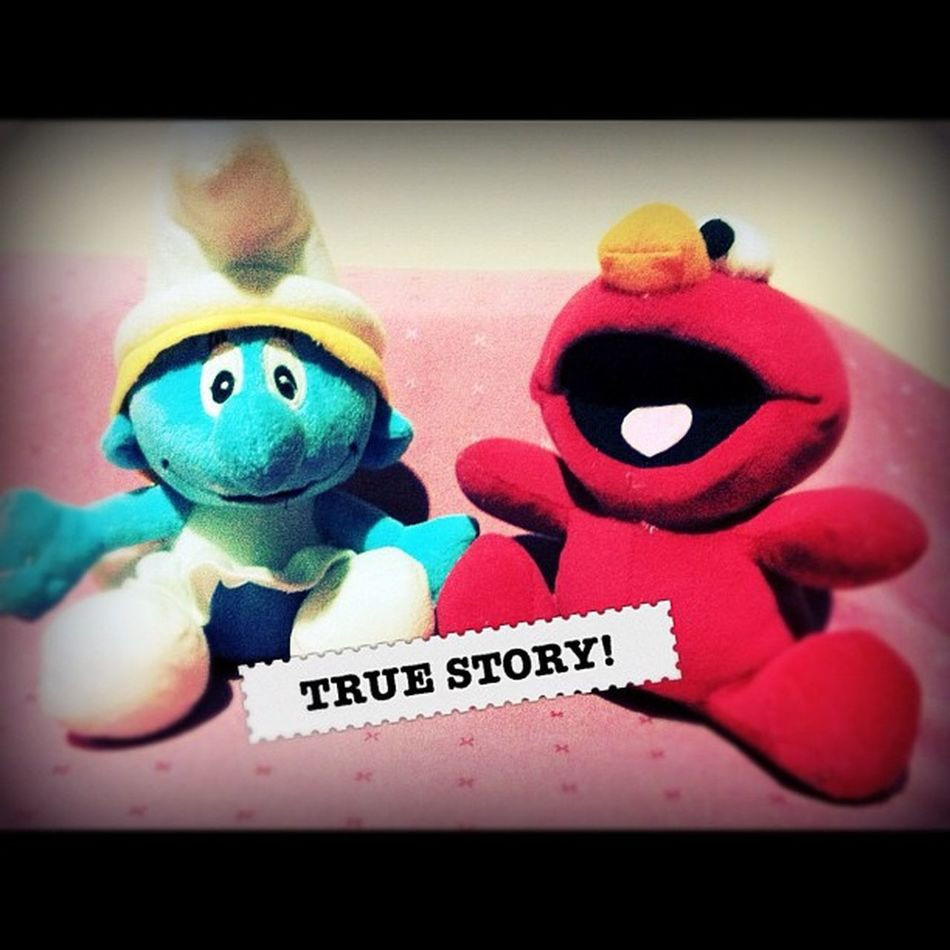 Hottest new couple!❤ smurfette and elmo ? @igersmanila @silly_human TagThemes Igersmanila TagThemes 9pmhabit silly_toys instabai instagood instamood iphoneasia iphoneonly elmo smurfs