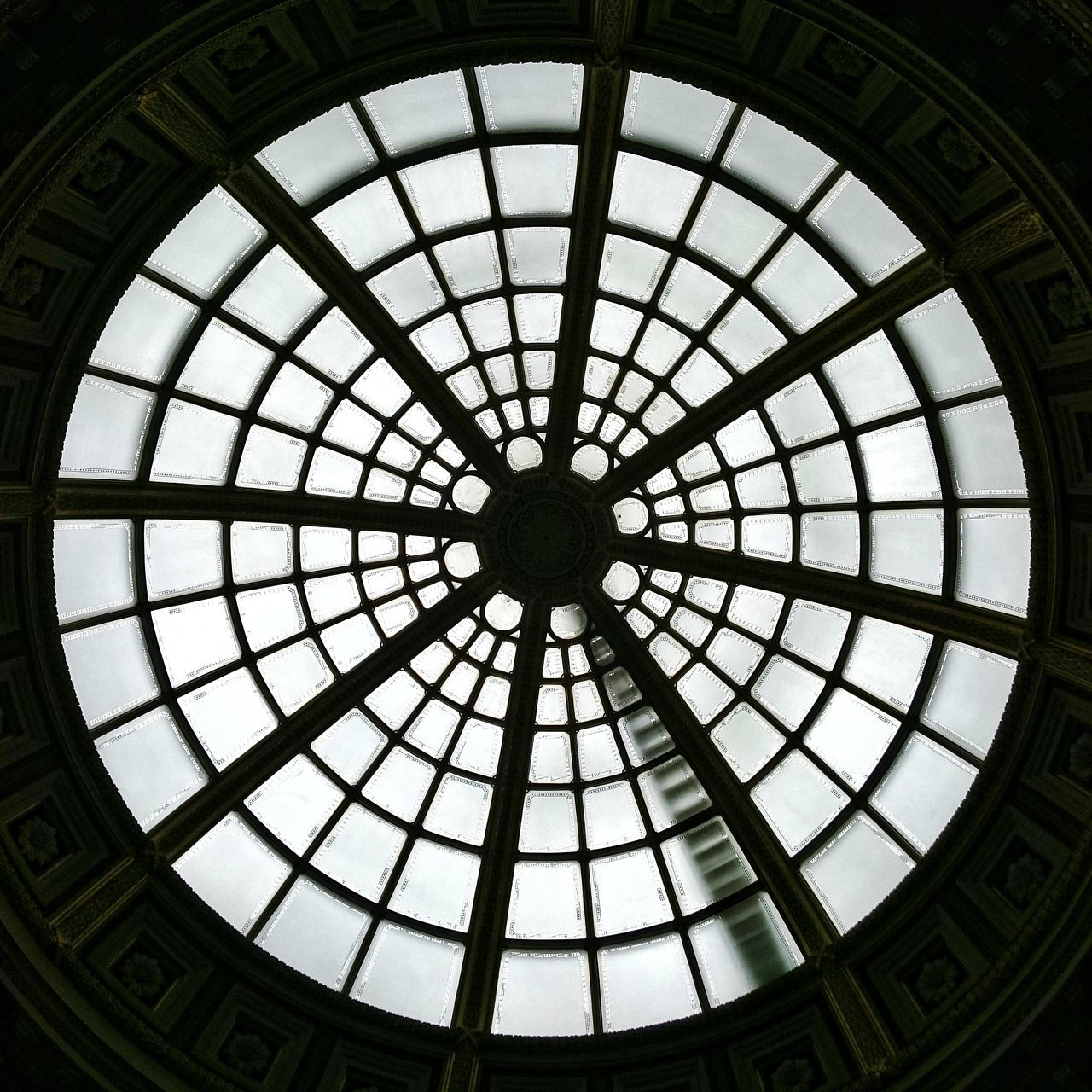 Ceiling Architecture Geometric Shape Circle Skylight Dome Pattern Urban Geometry Great Britain London Historic National Gallery  National Gallery Of Art National Gallery London Ceilingporn Ceiling Lights Window Light Circle Of Light Circleoflife Circle Frame Glass Windows Glass Art Glass London Lifestyle