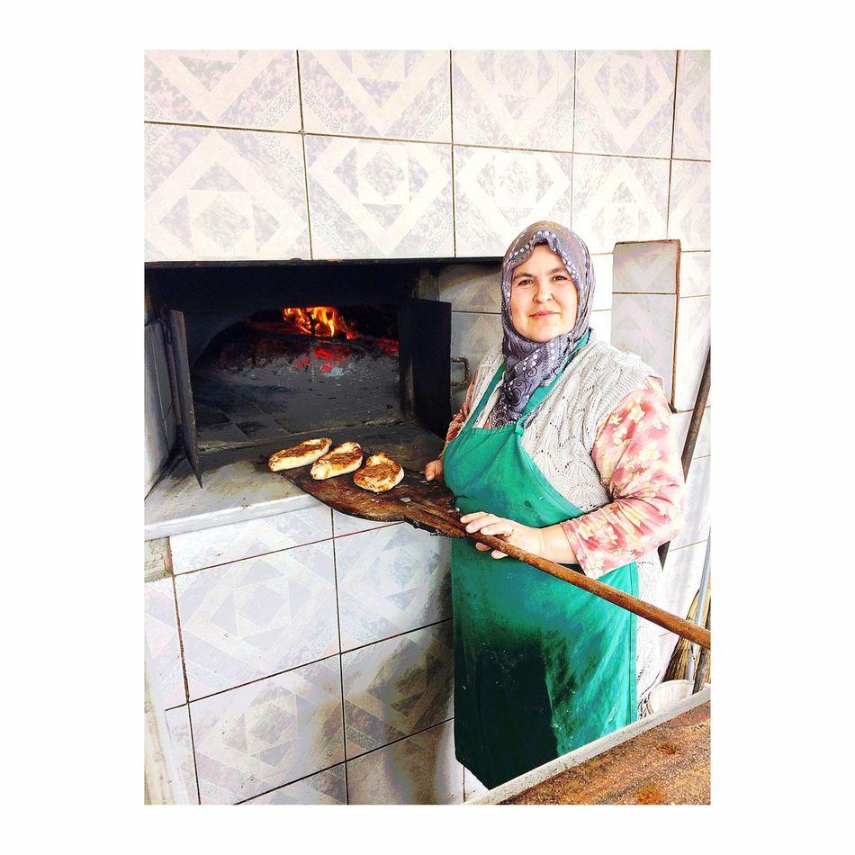 Anadolu kadını... Emektar... Taking Photos People Watching