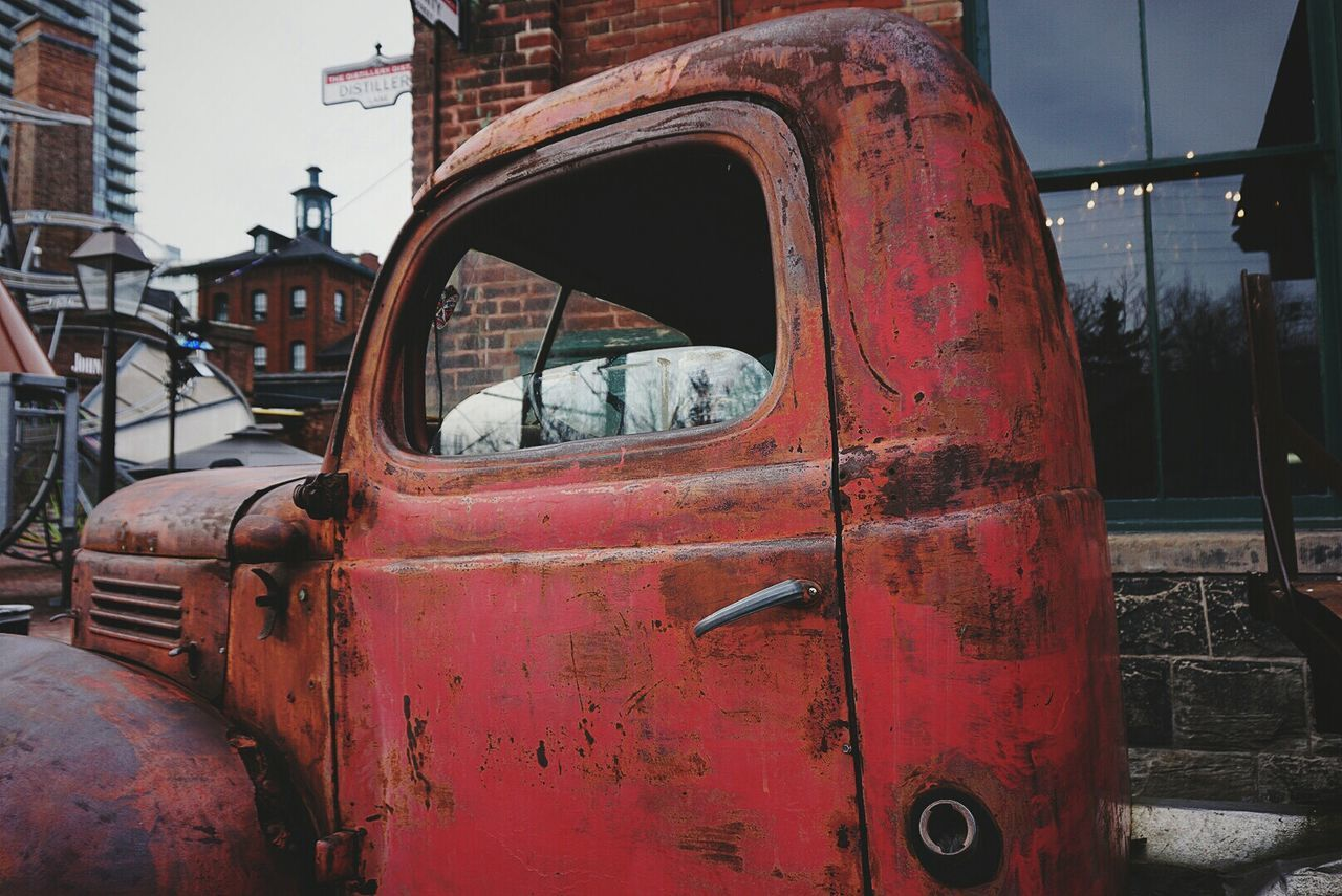 Red Red Land Vehicle Sky Car Outdoors No People Transportation Old-fashioned Day Rusty Old Cars Photography Wallpaper Background Sony Amazing Highquality HD A6000 First Eyeem Photo