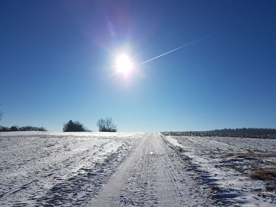 Cold Temperature Clear Sky Blue Snow Winter Nature Sky Landscape Outdoors No People Day Today Samsung Galaxy S7 Edge Foto
