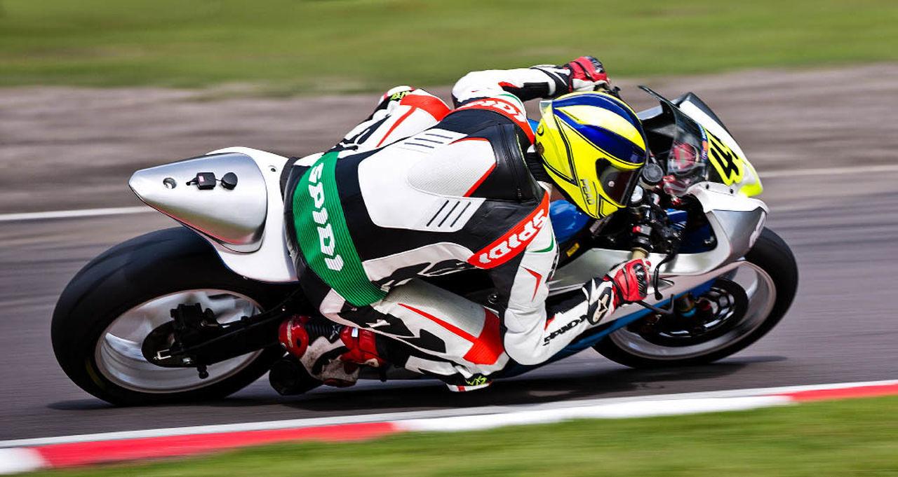 BSB Oulton Park 2015 Bike Helmet Motion Oultonpark Racing Seed Superbike Wheels Capturing Motion