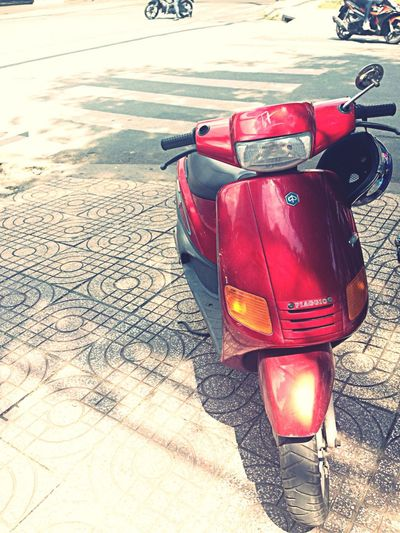 Zip Piagio Scooter Streetphotography