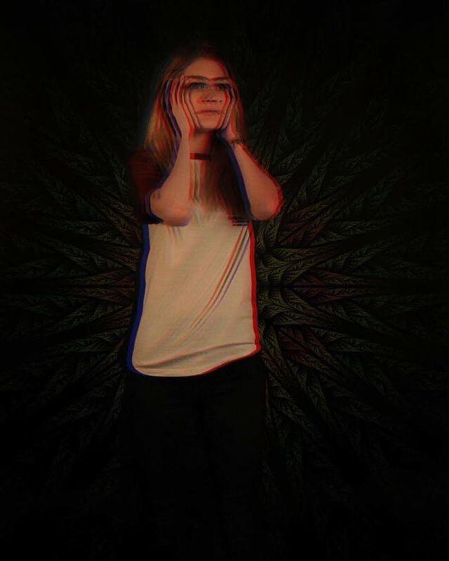 Trip 3D Effect Studio Shot Panic Fear Edit Photoshop