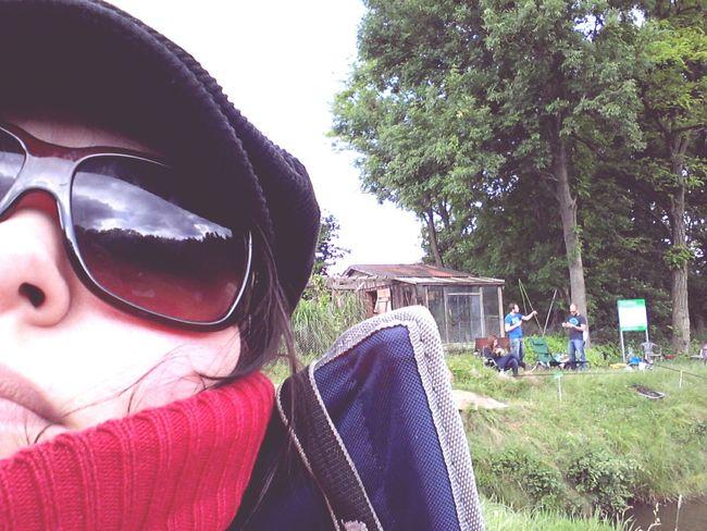 Buissnes woman Director filmmaker mompreneur - freetime going fishing Knitterfisch That's Me