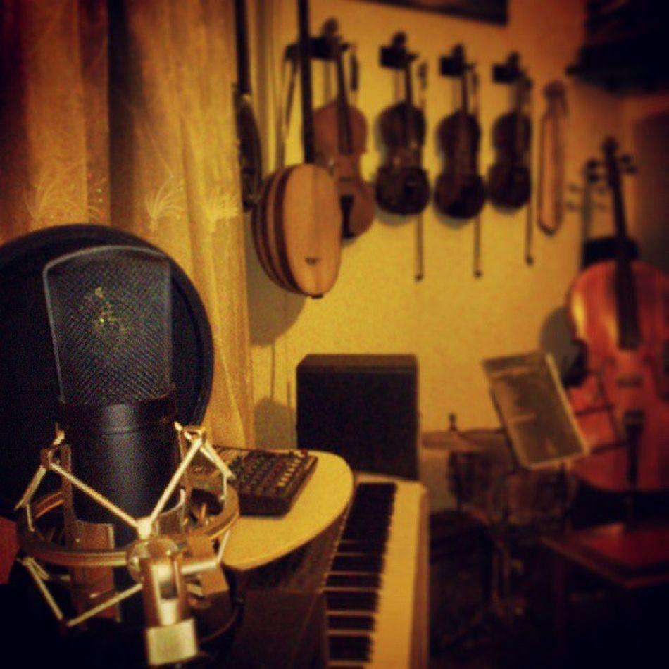 Mikrofonum kayıt için beni bekliyor ne yapsam? Mikrofon Microphone Hgstudyo Musicroom Gfarukunal
