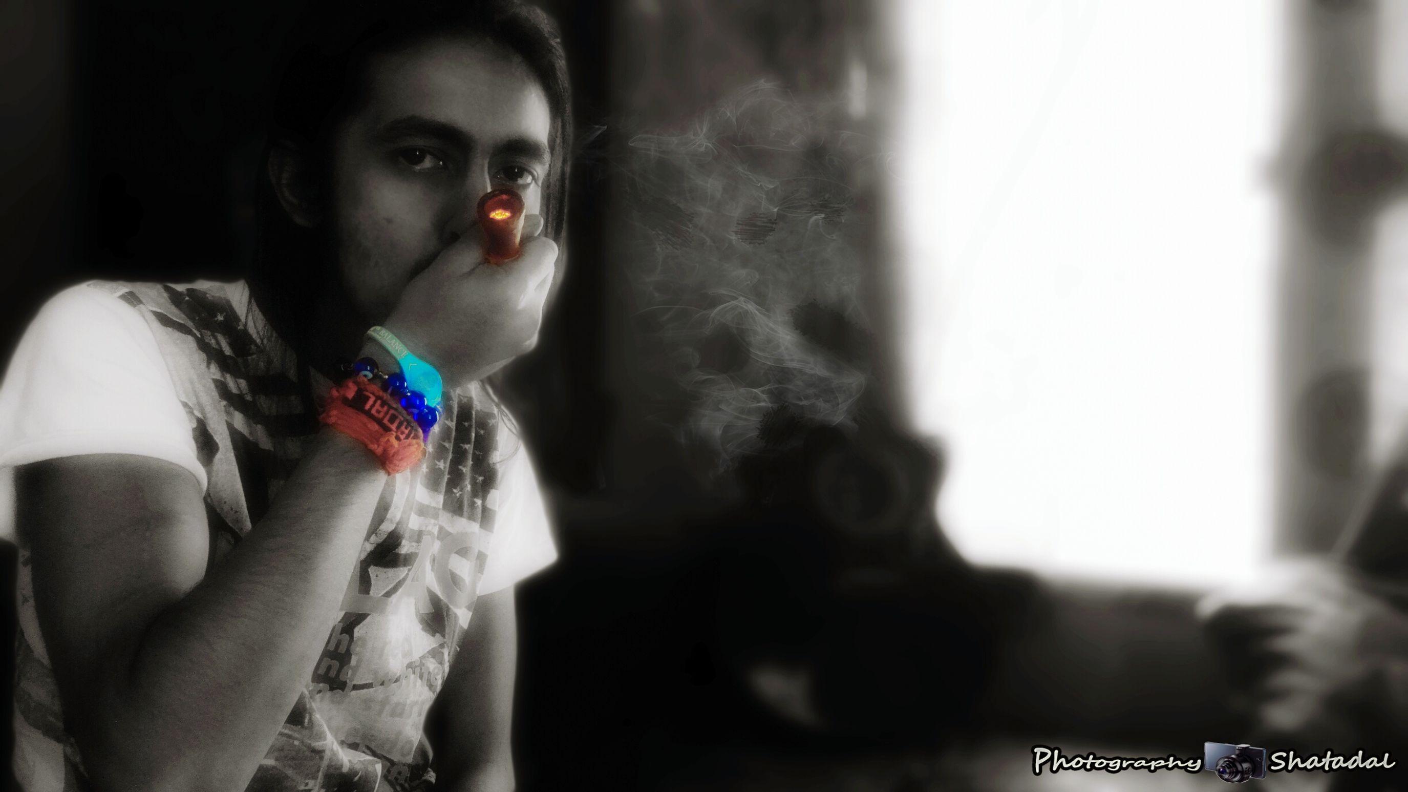 Marijuana Weed Feelings Burning Gunja Edit Zenfone Photography Selfie EyeEm Best Edits EyeEm Team India People Watching